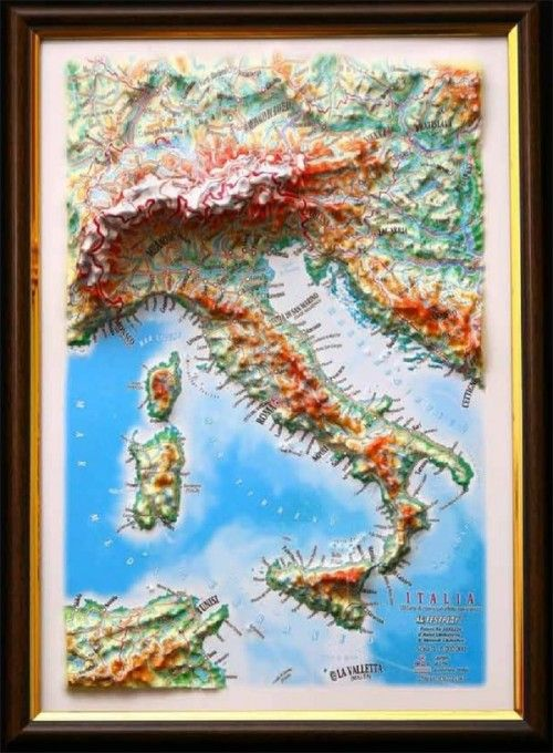 ITALY. 3 D relief wall map with panorama effect  330*248*30 mm